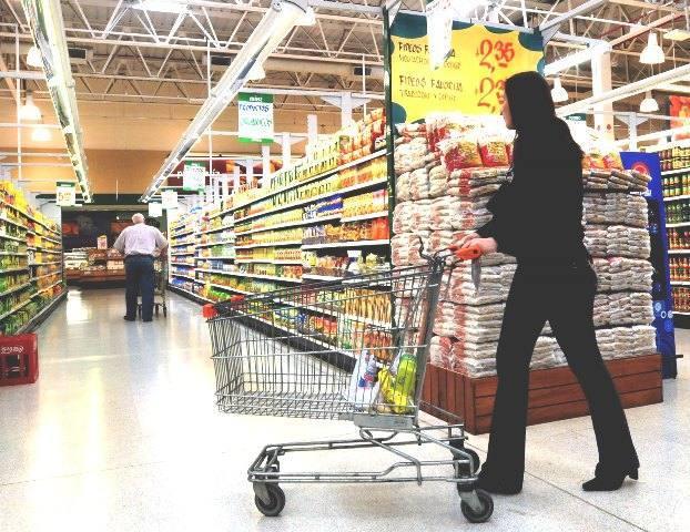Los supermercados más caros y los más baratos, según  OCU