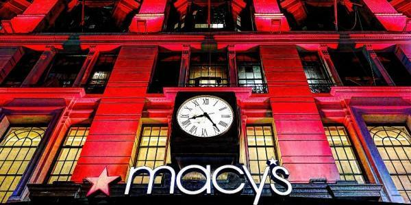 Macys-Red-Lights4