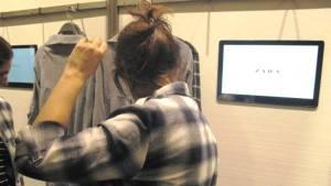 Zara se suma a la experiencia de compra con probadores interactivos