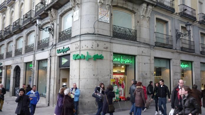 Nuevos operadores en la Puerta del Sol. El Corte Inglés vende su librería al fondo Thor