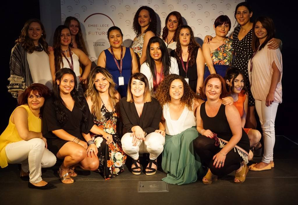 """Las primeras alumnas de """"Embellece tu futuro"""" entran en el mercado laboral"""