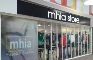 MHIA Store se instala en Carrefour San Pablo de Sevilla