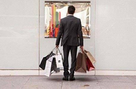 Crecen los adictos al shopping, crecen las deudas