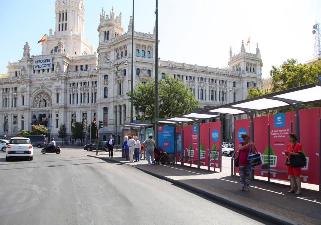 Ulabox, el «antisuper» en el centro de Madrid con JCDecaux y Havas Media