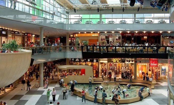 Agosto, un mal mes en la afluencia a centros comerciales