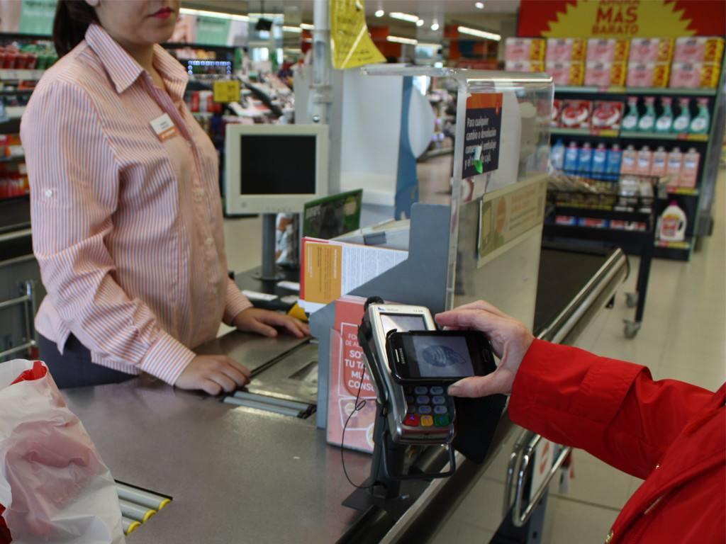 Consum implanta el pago móvil en todas sus tiendas