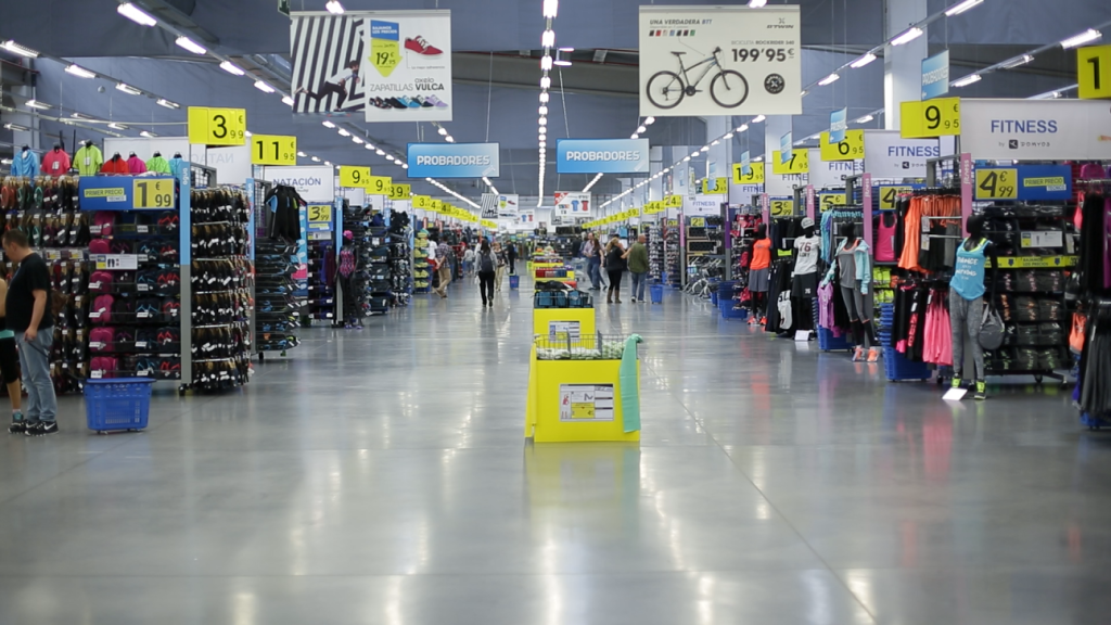 Decathlon alcanzar 150 tiendas en espa a con la apertura for Trabajar en decathlon madrid