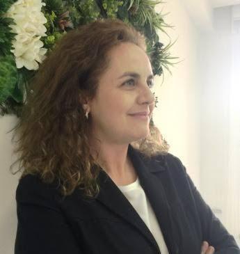 Laura Dávila