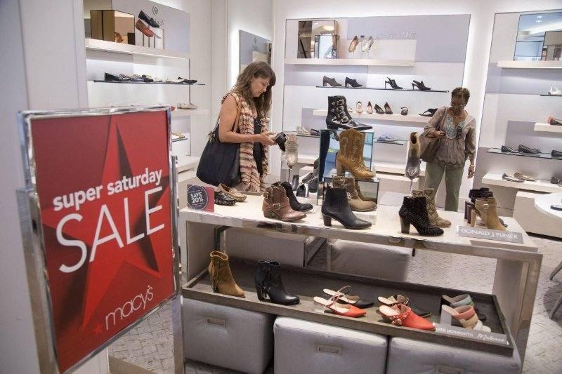 Zapatería en autoservicio en Macy's. ¿Fin de conceptos clásicos del comercio?