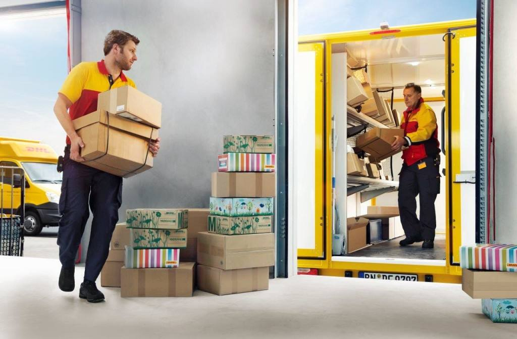 DHL Parcel International, para envíos e-commerce transfronterizos