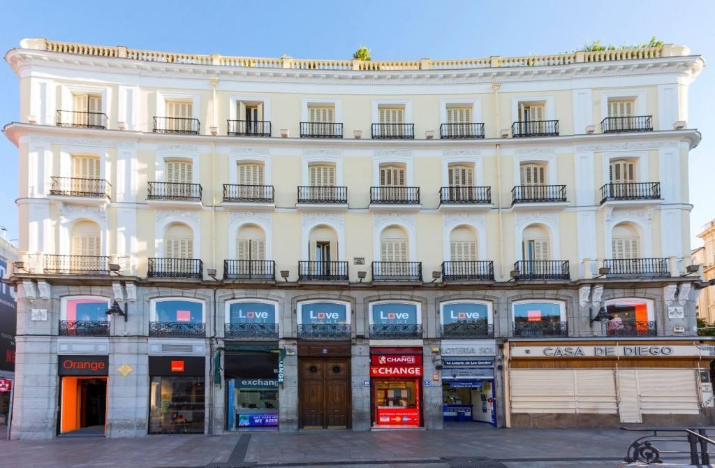 OMNICANAL Y CONECTADA. ASÍ ES LA TIENDA ORANGE EN PUERTA DEL SOL DE MADRID