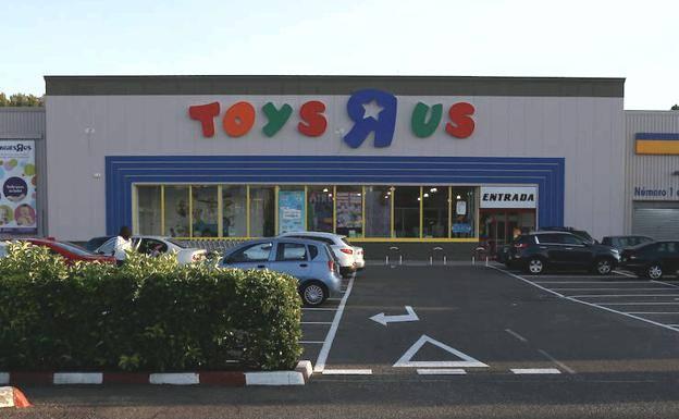 Toys R Us se instala en el Centro Comercial El Rosal, en Ponferrada