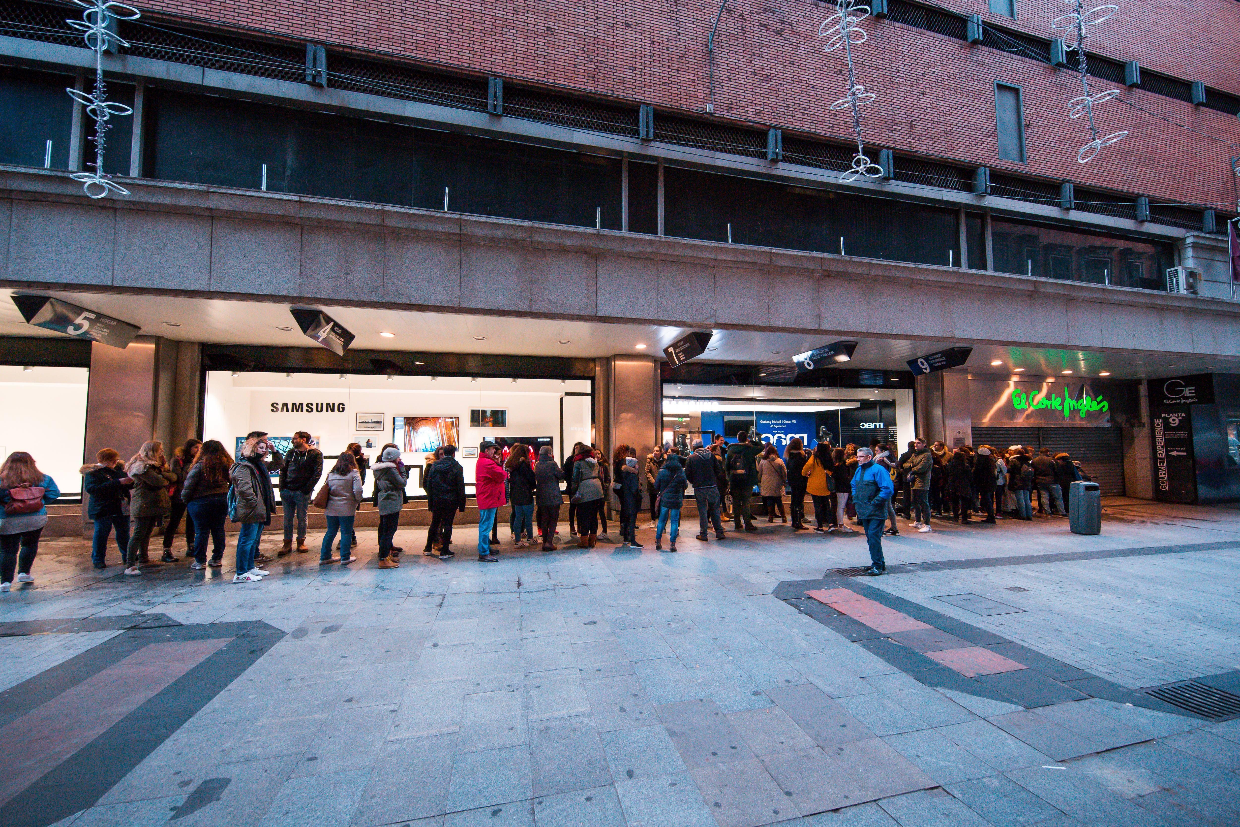 Así es Samsung Store Callao, abierta en El Corte Inglés de Callao