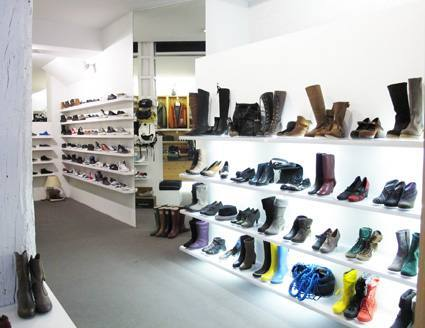 Cadenas y grandes superficies, concentran dos tercios de las ventas de calzado