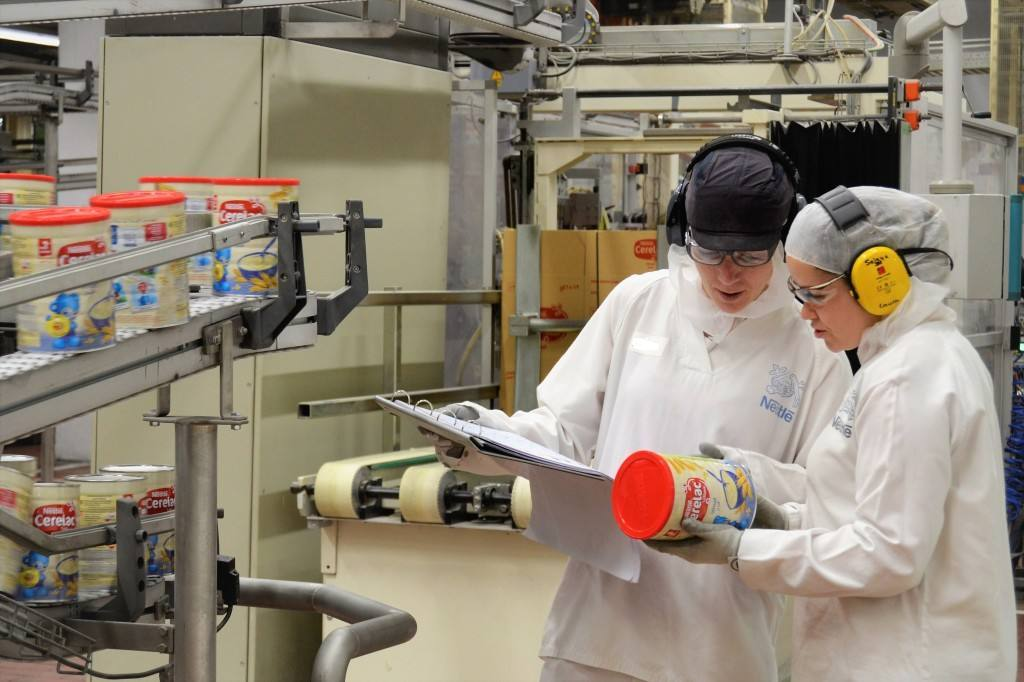 Foto papillas infantiles fábrica Nestlé en La Penilla