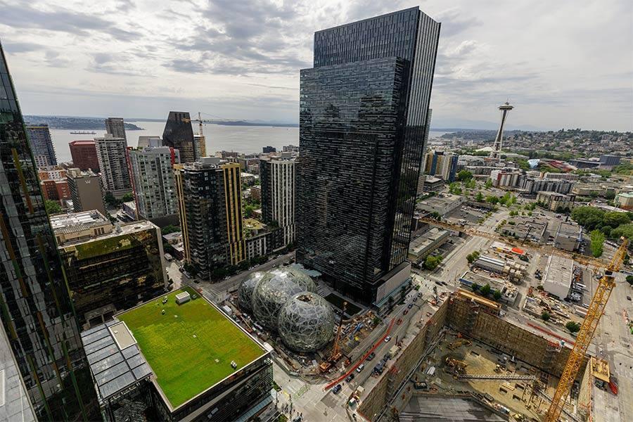 Amazon reajusta plantillas en sus sedes corporativas