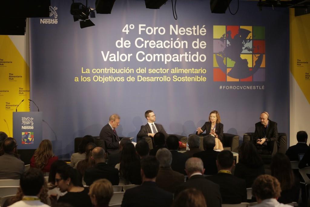 Nestlé, guía a la industria alimentaria al Desarrollo Sostenible