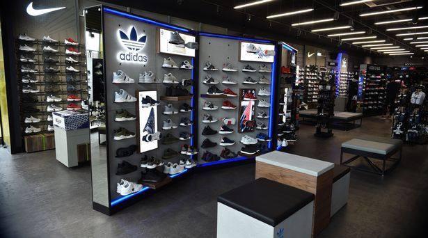 Cerebro Subir diferencia  JD Sports sigue creciendo, con nueva tienda en Fuengirola
