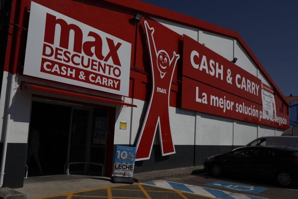 Nuevo modelo, para el Cash Max Descuento de Grupo DIA en Llanes