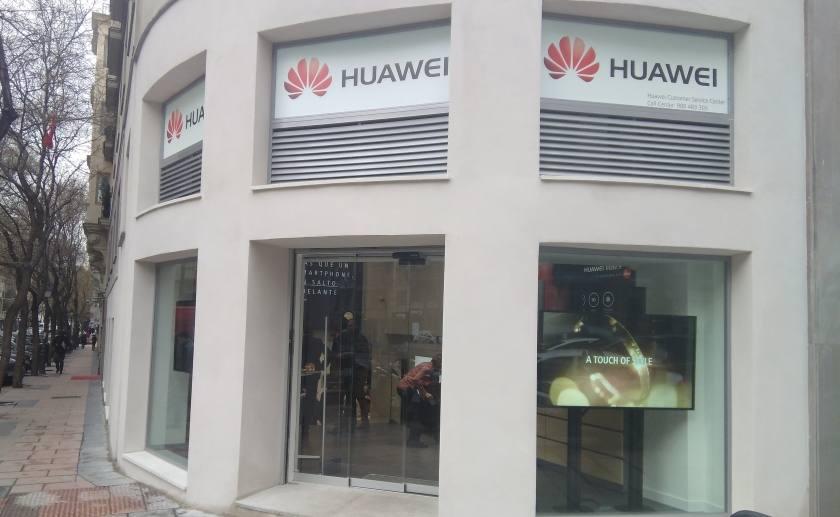 Huawei, acelera. Nuevas flagships, en Paris y Madrid