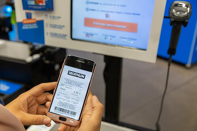 El ticket digital aterriza en todas las tiendas Decathlon