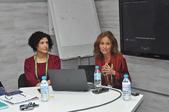 Ester Modino y Laura Fontanet.