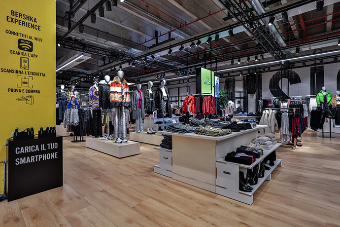 tienda-en-italia-bershka-interior