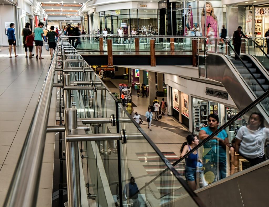 ¿Cuál es la experiencia de clientes de los retailers en España y Portugal?
