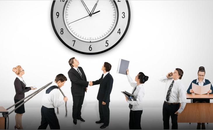 El trabajo flexible, motivo para cambiar de empresa para un 74 % de padres