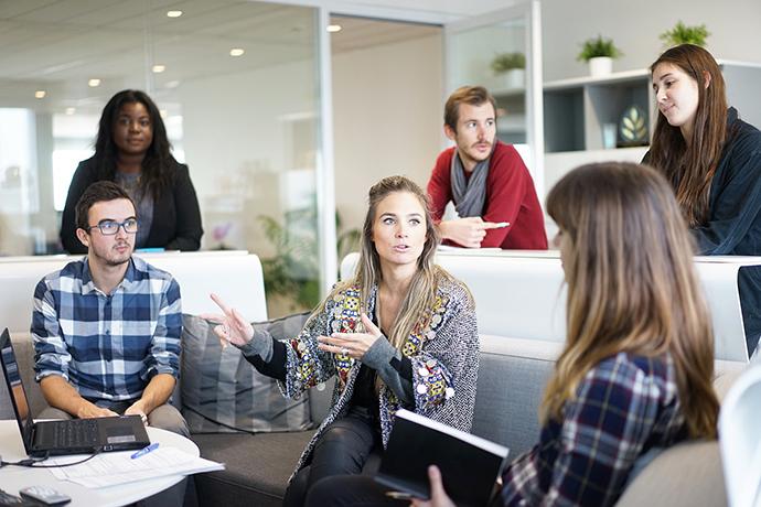 Cerca del 26% de las emprendedoras tienen beneficios online en menos de un año, según un informe de Ebay.