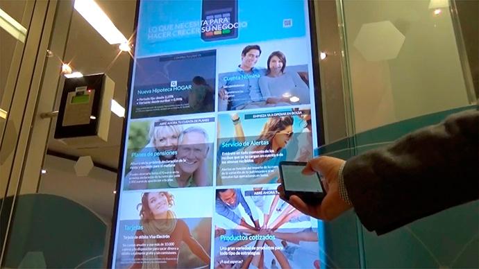 Showcases, la solución de digital signage donde el usuario decide qué ver
