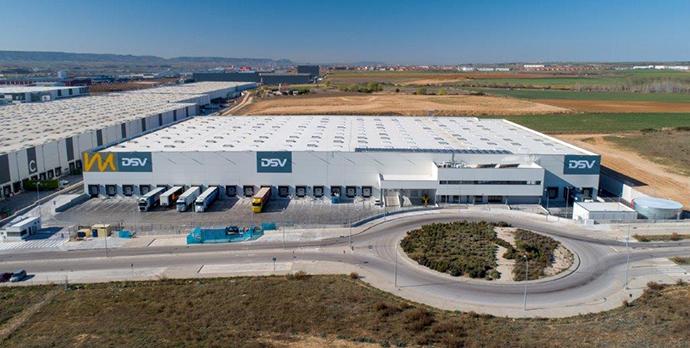 Continental implanta en España la primera cinta automática de neumáticos de Europa