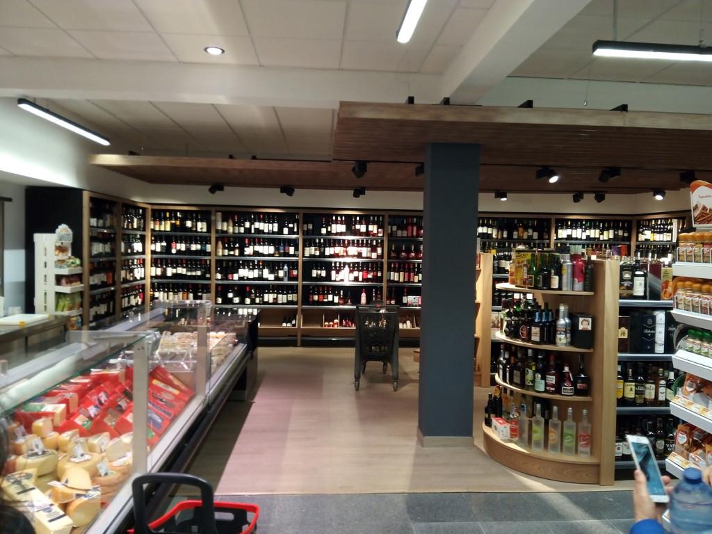 Primer supermercado Covirán Plus,  en El Algarve- Portugal