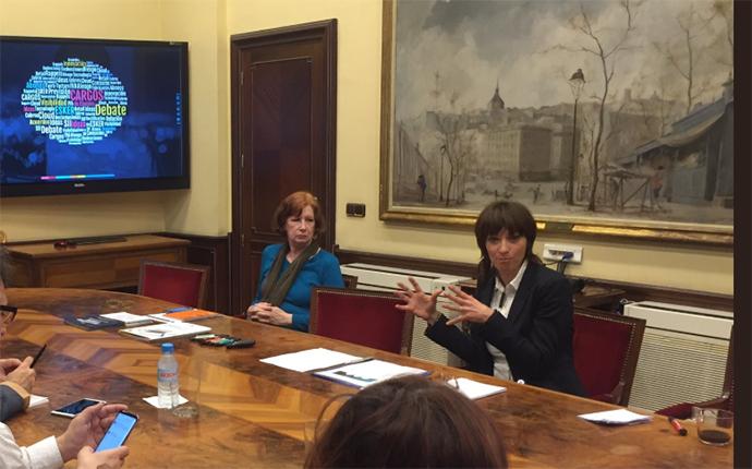 Coralie Marty Buisán, directora de marketing de Esker Iberia, en la presentación del estudio. Foto: Esker Iberia.