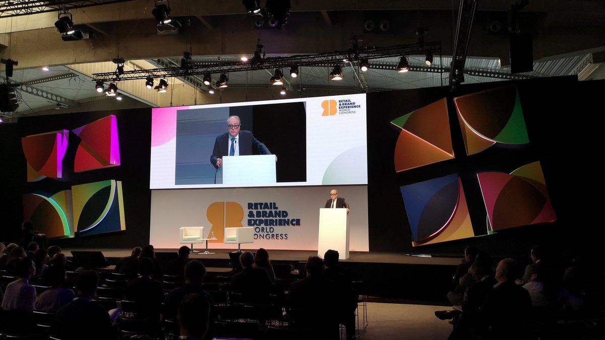 José Luis Nueno, presidente de RBEWC, da inicio al Congreso Retail en Barcelona