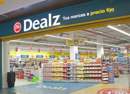 Dealz, incorpora sección textil -moda en su nueva tienda de Valencia