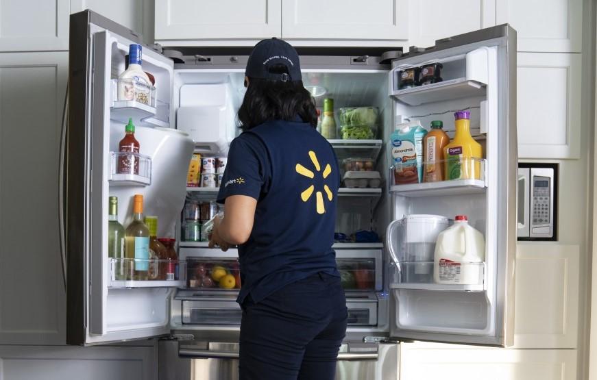 """""""InHome Delivery"""". Walmart entrega la compra y la coloca en la nevera"""