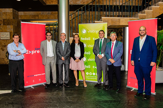 Correos Express renueva su colaboración con el sector de la Óptica