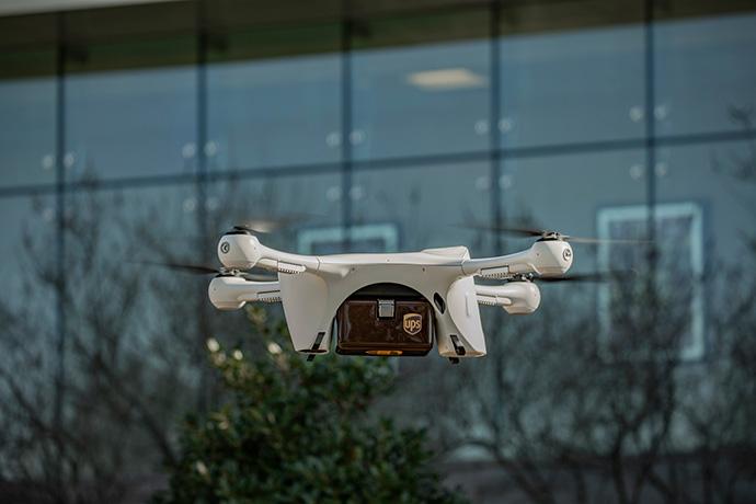 UPS crea una división para realizar la entrega a domicilio con drones
