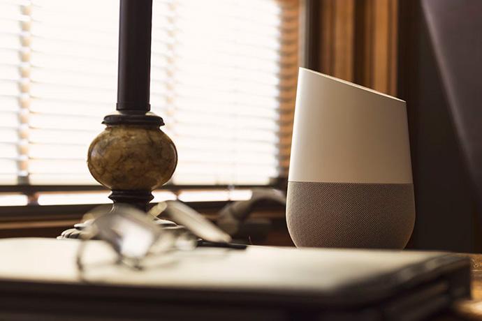 Google reconoce escuchar fragmentos de conversaciones a través de su asistente de voz