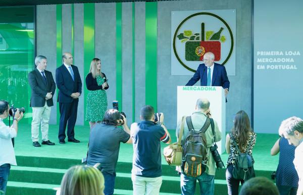 Mercadona inicia la internacionalización. Abre su primer supermercado en Portugal