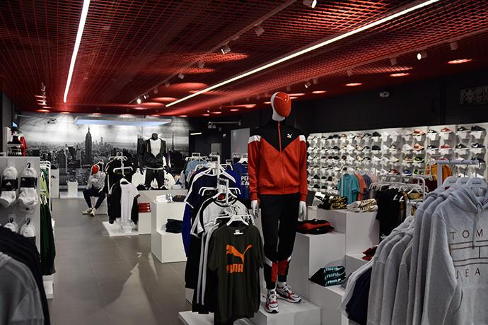 Wanna Sneakers ha ampliado el establecimiento situado en el centro comercial El Trompo (La Orotava, Tenerife)