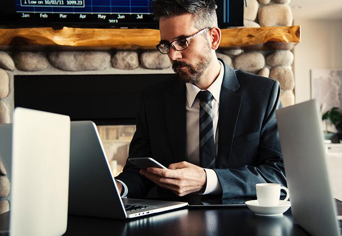 El director regional y el director de ventas, los perfiles de mayor salario en Retail