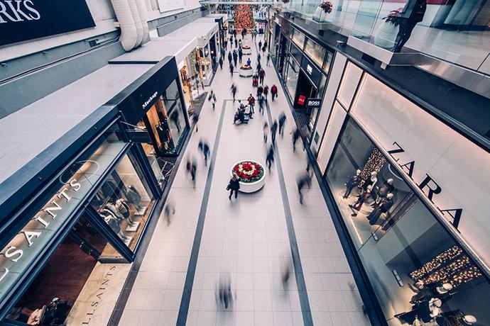 En agosto, menos visitantes a los centros comerciales