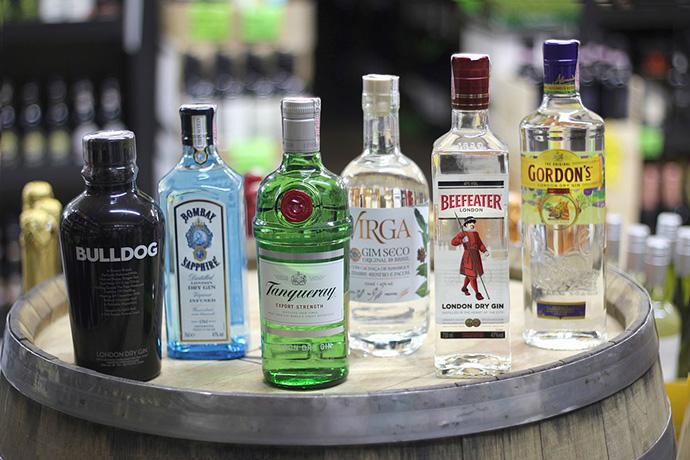 De implantarse el empaquetado neutro en el sector de las bebidas alcohólicas y con azúcar, las marcas podrían perder más de 500.000 millones de euros