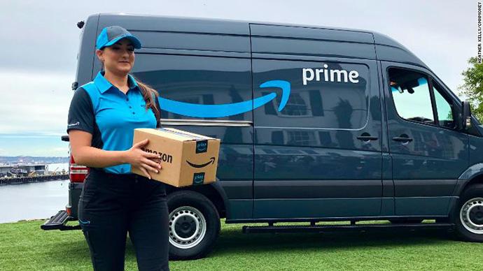 Jeff Bezos, CEO de Amazon, confirma la continuación de los envíos en un día de Prime