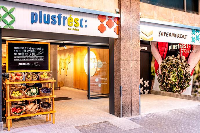 La cadena de supermercados Supsa inaugura un nuevo establecimiento Plusfresc en Barcelona