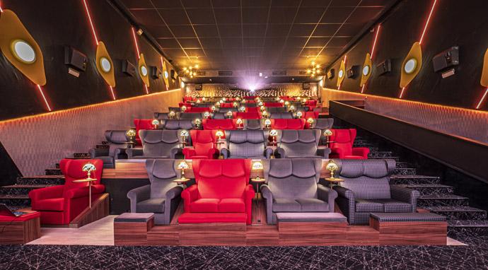 Ocine Urban X-Madrid, el cine como nueva locomotora experiencial del centro comercial