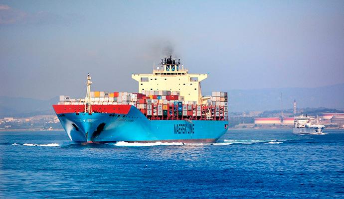El comercio global se contrae de forma moderada