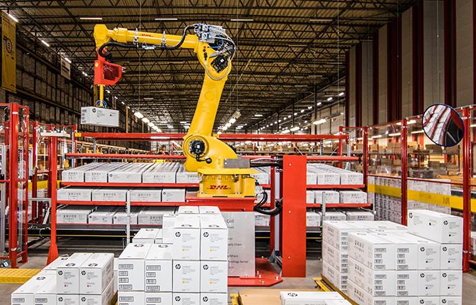 La digitalización de DHL continúa. Invertirá 2.200 millones de dólares para 2025